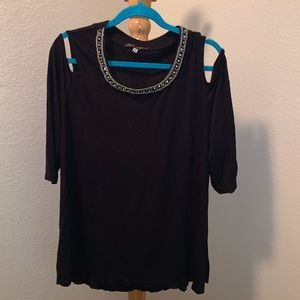 Women's Top By Rose & Olive